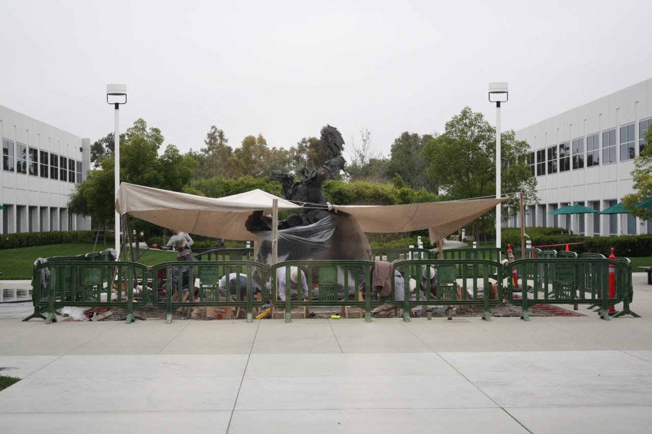 Statue Orc placée au centre du campus de Blizzard, à Irvine (juin 2009).